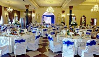 Dekoracje sal weselnych oraz kościołów